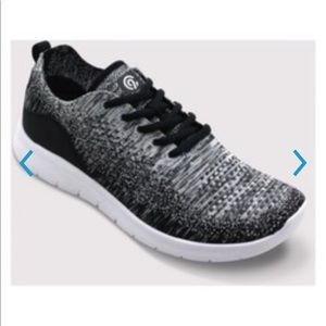 NWT freedom 2 Gray black speed knit athletic shoes